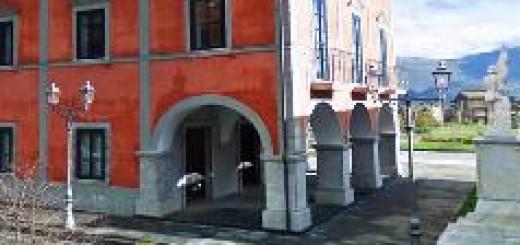 San Pietro al Tanagro, Municipio