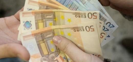 truffa estorsione tanti euro soldi soldi in mano usura