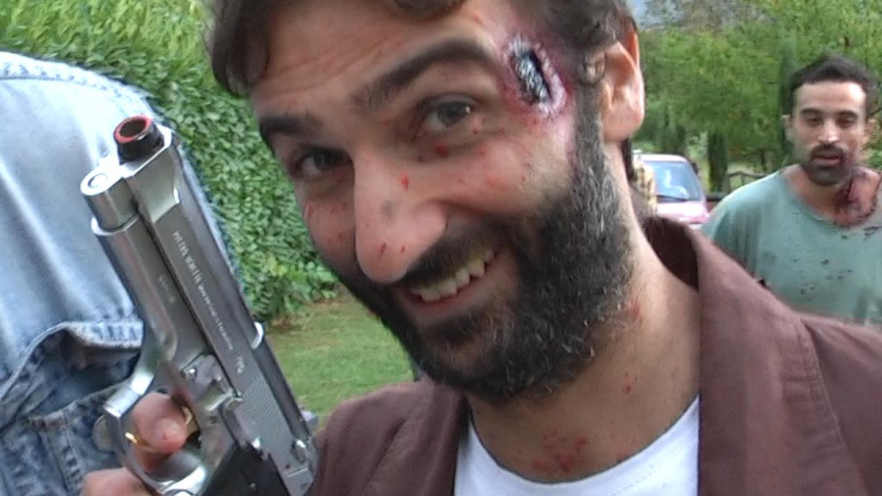 Sala consilina invasa dagli zombie tutta colpa di casa for Tipi di case in italia