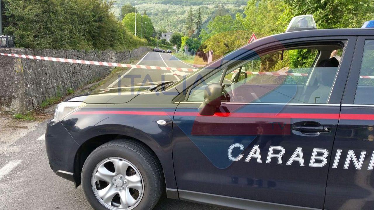Donna trovata morta in strada: choc in provincia di Salerno