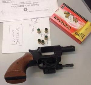 Pistola sequestrata dai falchi