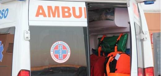 ambulanza-generica-retro-mb