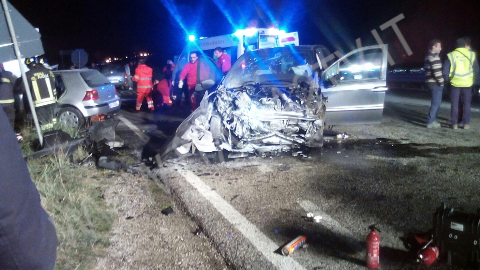 Incidente mortale a Buccino, morti padre e bimbo di 3 anni