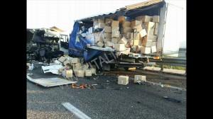 incidente stradale a2 mediterraneo petina (1)