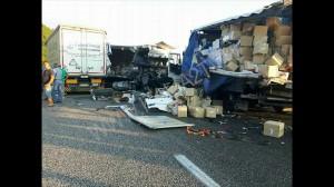 incidente stradale a2 mediterraneo petina (3)