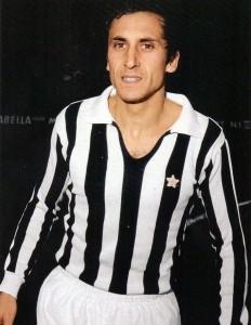Giuseppe_Furino,_Juventus,_1972