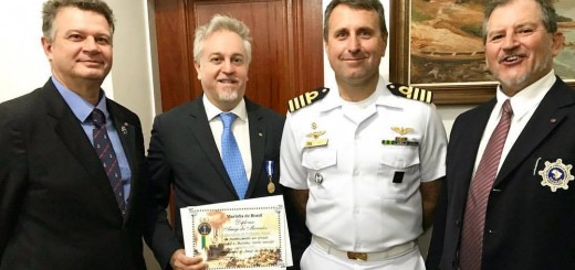 Attilio Colitti medaglia società amici della marina