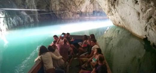 ingresso grotta pertosa