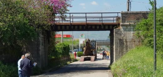 ponte della ferrovia padula abbattimento
