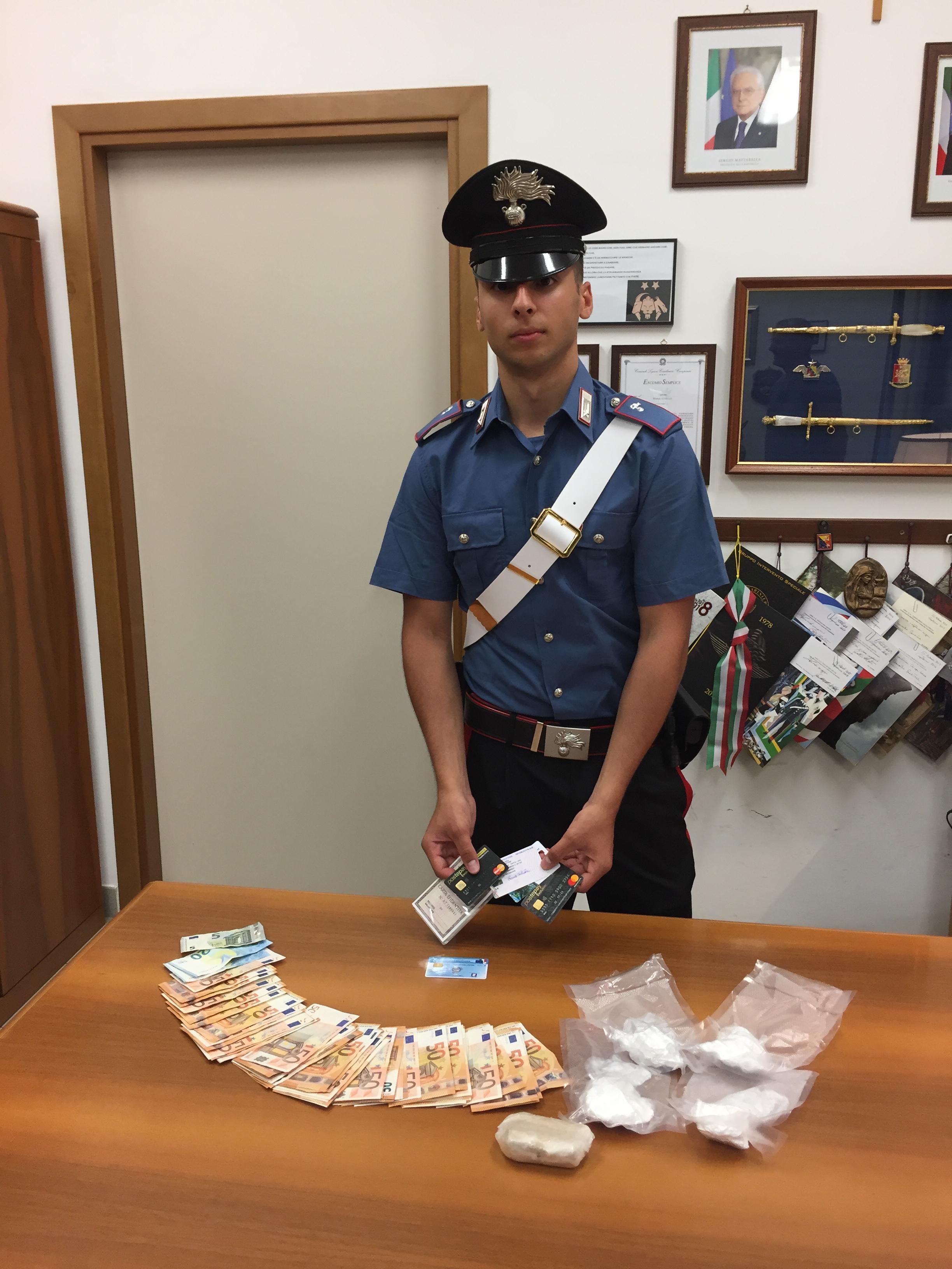 Sapri, arrestato corriere della droga. Sotto sequestro 300 grammi di eroina e cocaina.