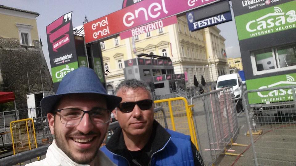 Giro d'Italia, prima tappa: Roglic subito in rosa, Nibali terzo